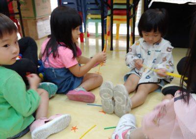 幼暑英文班一邊玩一邊學
